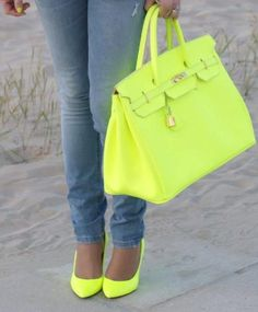 those shoes and that bag is absolutely fantastic!