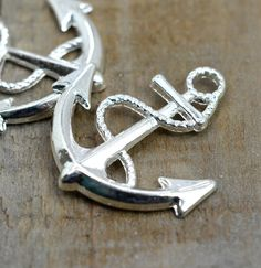 Hey, I found this really awesome Etsy listing at https://www.etsy.com/listing/221409563/anchor-charm-6pcs-32mm-silver-anchor