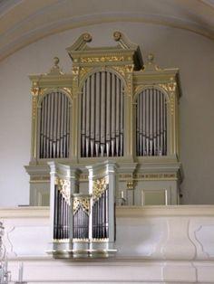 Datei:Obersiebenbrunn, Kirche, Orgel.jpg