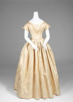 Wedding Dress  1845–50