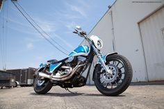 Harley Davidson FXR - Kade Gates - Harley Wheelies