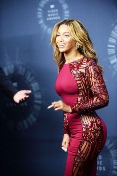Beyoncé look at her flawless