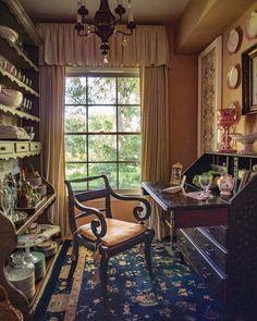 Victoria Magazine, French Colonial, Garden Architecture, Interior Decorating, Interior Design, Traditional Interior, Small World, Nook, House