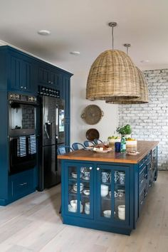 Open Concept Kitchen With Navy Cabinets Made to Wow To add distinctive style and personality, the kitchen at HGTV Urban Oasis 2017 focuses on eye-catching textures with a mix of historic windows, whitewashed brick and navy blue cabinets. Outdoor Kitchen Design, Home Decor Kitchen, New Kitchen, Home Kitchens, Kitchen Walls, Island Kitchen, Kitchen Brick, Kitchen Ideas, Home Interior