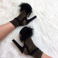 Lila&Sirena: DIY   Furry Shoes