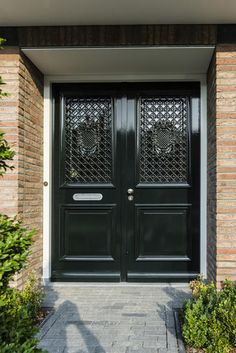 Grand Entrance, House Entrance, Black Front Doors, Iron Work, New Builds, Home And Living, Bungalow, Building A House, Gate