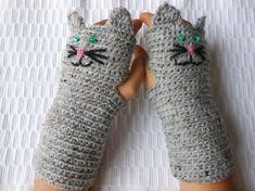 Crocheted Fingerless Mittens  Gloves Grey Tweed Cat