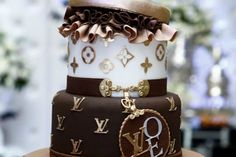 Indulge in Some Luxury with this Louis Vuitton Cake - foodista.com