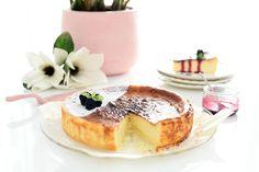Receta de tarta de queso del restaurante La Viña en San Sebastian. Cinco ingredientes que sólo tendrás que mezclar en tu Thermomix® y hornear.