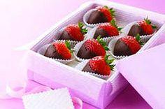 Chocolate-Dipped Strawberries recipe #valentinesday