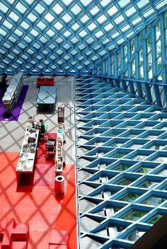 Seattle Public Library by sgwizdak, via Flickr