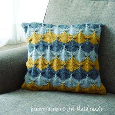 Knit decorative Pillow pattern/ tutorial PDF Geometric  knitting - winter trendy cool home decor  PHOTO tutorial knitting  elegance cushion. $6.00, via Etsy.