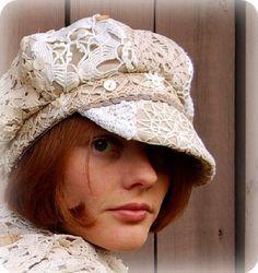 Можно долго ломать копья по поводу принадлежности вашей любимой одежды к тому или иному стилю, убеждать друг друга в том, что есть БОХО, а что им не является.А можно этого не делать. Просто надеть необычную шляпку! И тогда, даже в строгом костюме, вы будете ловить на себе взгляды окружающих. Какие? Это вопрос...Может быть, недоуменные, а может быть- восхищенные...