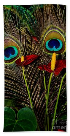 Birds Of A Feather 1 Towel (Beach Towel x by Steve Purnell. Our towels are great. Radha Krishna Pictures, Lord Krishna Images, Radha Krishna Photo, Krishna Photos, Krishna Art, Krishna Flute, Lord Murugan Wallpapers, Shree Krishna Wallpapers, Lord Krishna Hd Wallpaper