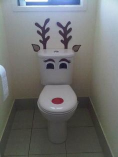 Best 12 Christmas time toilet- so funny/cute Easy Christmas Decorations, Diy Christmas Gifts, Simple Christmas, All Things Christmas, Handmade Christmas, Christmas Bathroom, Office Christmas, Kids Christmas, Holiday Crafts