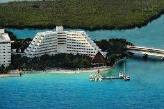 Oasis Palm, Cancun