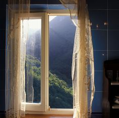 '<3'    Relaxing in my bathtub with an unspoiled view