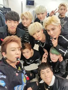 Topp Dogg. One of the many talented kpop boy groups that are Extreeeemely underrated.