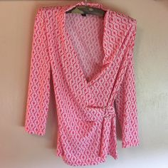 Pink and white print top Cute pink and white print top. In excellent condition. Ann Taylor Tops