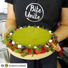 #Repost @buttercrumbs9 with @repostapp  Netflix and chill? Have our Matcha Tart while you're at it!  Now you can have our delectable tarts delivered right to your door by using @biteunite food delivery service! Ordering dessert has never been this easy!! Link in profile #biteunite #hongkong #hkfooddelivery #hkeats #hkfoodies #hkfoodstagram #matcha #matchatart #foodshare #foodstagram #foodgasm #foodphotography #instafood #feedfeed #beautifulcuisines #eeeeeats #truecooks #chefsofinstagram…