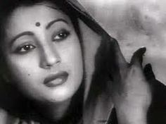 Kolkata: Legendary actress Suchitra Sen, who was known as the Greta Garbo of Bengali cinema and had 60 films to her credit including the memorable 'Aandhi' and' Deep Jwele Jai', today died of a heart attack at a super-speciality hospital here today. Bollywood Photos, Bollywood Stars, Bollywood News, Bollywood Actress, Indian Bollywood, Spectacle Theatre, Soumitra Chatterjee, Suchitra Sen, Vintage Bollywood