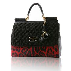 Animal print crochet Dolce and Gabbana Miss Sicily Bag Crochet Handbags, Crochet Bags, Spring Bags, Branded Bags, Vintage Handbags, Clutch Wallet, Louis Vuitton Speedy Bag, Handbag Accessories, Purses And Bags