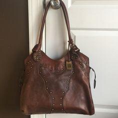 Frye handbag Brown leather Frye Purse. In excellent condition! One zippered pocket inside. Dust bag included. Frye Bags Shoulder Bags