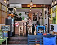 #Bali #Batubelig, it's colorful, its tasteful, it's Jamaican food at @IrieVibesCafe. Kalau kamu seneng makanan tasty, pedas dan membangkitkan selera, kamu harus coba makan disini. Porsinya juga besar-besar, jadi pasti puas di mulut dan puas di perut. Foto lain tempat ini bisa liat di #JamaicaCafeFoodcious