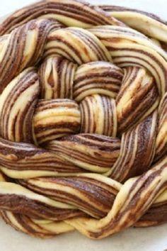 O reteta super gustoasa de cozonac cu ciocolata, Babka Tart, Nom Nom, Delish, Almond, Sweets, Desserts, Recipes, Food, Deserts