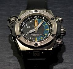 First look:  Hublot Oceanographic 1,000 meter dive watch.  New for 2012.  Perpetuelle.com bringing it to ya...