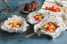 Feta-kasvisnyytit – Hellapoliisi Feta, Sushi, Grilling, Food And Drink, Dairy, Vegetarian, Cheese, Dishes, Ethnic Recipes