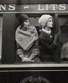 by Louis Faurer | SImone D'Aillencourt & Dorothy McGowan| Fashion 1960