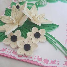 """11 kedvelés, 1 hozzászólás – Kiss Emese (@eme.kiss83) Instagram-hozzászólása: """"#quillingcard #quilling #quillingpaper #papercraft #craft ##quillingflowers #flowers #quillingart"""" Instagram"""