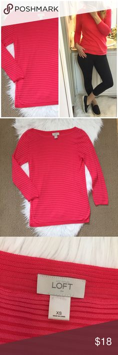 "Ann Taylor Loft Lightweight Ribbed Sweater Bright coral striped sweater from Loft Factory. Looks great sporty and athleisure with leggings (like in my try on) or under a blazer. ▪️Size XS (can fit a small too) ▪️17"" flat across bust and 26"" long. ▪️59% rayon 41% cotton. In great condition! LOFT Sweaters Crew & Scoop Necks"