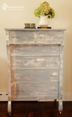 what to do with the dresser in the dining room :)