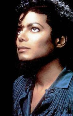 Photo of Michael Jackson🌹♥ for fans of Michael Jackson 41507204 Jackson Family, Jackson 5, Familia Jackson, Photos Of Michael Jackson, Angeles, King Of Music, The Jacksons, Portraits, Beautiful Person