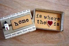 Todo cabe en una cajita sabiéndolo acomodar, hasta tu corazón lleno de amor.