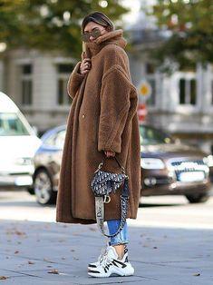 Dior Bag for sale Mode Outfits, Winter Outfits, Casual Outfits, Fashion Outfits, Fashion Trends, Womens Fashion, Elegantes Outfit Frau, Pijamas Women, Mode Kimono