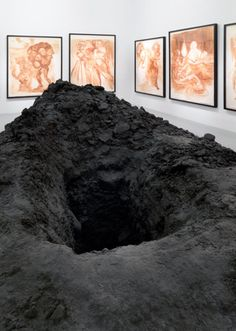 Urs Fischer Swiss artist living in New York, Untitled (Hole), 2007 Modern Art, Contemporary Art, Instalation Art, Bokashi, Sculptures Céramiques, Oeuvre D'art, Street Art, Fine Art, Inspiration