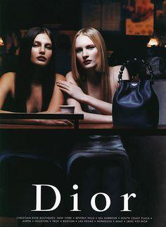 Christian Dior S/S 1999 Photographer: Patrick Demarchelier Models: Bridget Hall and Linnea Marklund Bridget Hall, 80s And 90s Fashion, Retro Fashion, Vintage Fashion, Patrick Demarchelier, Lund, Christian Dior, Dior Boutique, 90s Models