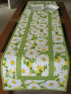 table runner pattern, table runner wedding Daisy Table Runner made with Timeless Treasures Fabric. Table Runner And Placemats, Table Runner Pattern, Quilted Table Runners, Plus Forte Table Matelassés, Timeless Treasures Fabric, Place Mats Quilted, Quilted Table Toppers, Bed Runner, Tablerunners