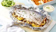 Helbakt ørret med agurksalat og rotgrønnsaker | 3iuka Deviled Eggs, Lasagna, Sandwiches, Pork, Meat, Ethnic Recipes, Google, Kale Stir Fry, Paninis