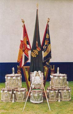 Band, Drums & Music The Queen's Regiment Drum Music, New Music, Drums Art, Drum Major, Family History, Military Flags, Colours, Drummers, Queen