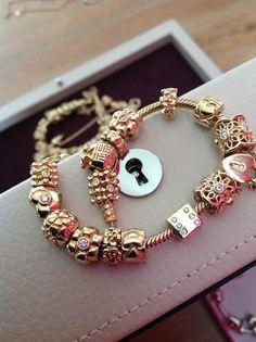 Pandora gold bracelet Bijoux et charms Pandora à retrouver sur www.bijoux-et-charms.fr