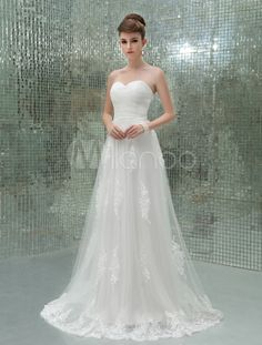 Princess Ivory A-line Strapless Sweetheart Neck Applique Tulle Wedding Dress For Bride - So pretty!