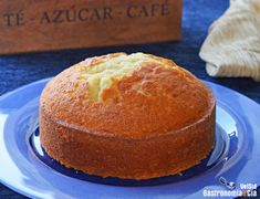 Cómo hacer el bizcocho de yogur más fácil, tierno y delicioso, receta del clásico bizcocho 3, 2, 1 | Gastronomía & Cía Almond Cakes, Vanilla Cake, Recipies, Muffin, Brunch, Cooking Recipes, Bread, Baking, Desserts