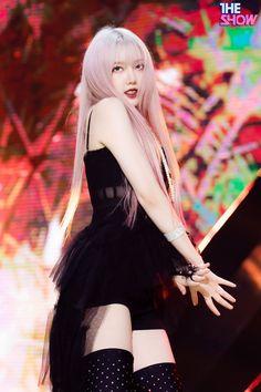 Cute Korean Girl, South Korean Girls, Korean Girl Groups, Fandom, G Friend, Foto Pose, Poses, The Most Beautiful Girl, Aesthetic Pictures