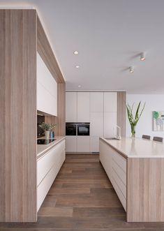 Modern Home Decor Kitchen Kitchen Room Design, Luxury Kitchen Design, Kitchen Sets, Home Decor Kitchen, Kitchen Living, Interior Design Kitchen, Home Kitchens, Modern Kitchen Interiors, Modern Kitchens