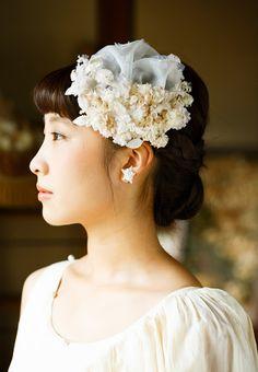 m.soeur (エムスール)小花とチュールのヘッドドレス - ウエディングドレスやアクセサリー、ブーケの通販|Cli'O mariage Online Store(クリオマリアージュオンラインストア)