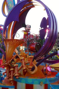 Mickey Mouse in Disneyland parade